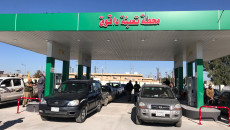 اصحاب المركبات يطالبون بافتتاح محطة وقود حكومية ثانية في داقوق