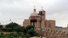 Irak Hristiyanları yeni bir talihsizlik içinde<br>Türkiye'nin saldırıları nedeniyle 10 kilise kapatıldı, onlarca aile mülteci oldu