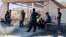 Yıkımlar ve tazminat eksikliği arasında<br>Bir köy halkı çocuklarına gülüş dönüşer