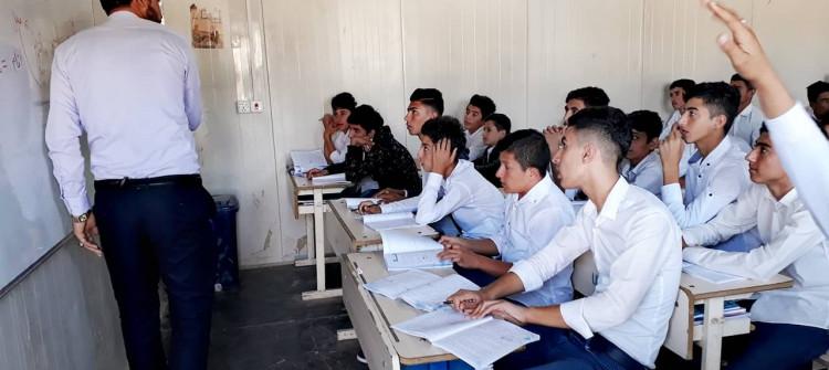 Şengal'de ortaokul öğrencilerine 73 milyon dinar ödenek