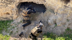 """نينوى: اعتقال اكثر من 20 من """"مسلحي داعش"""" و قتل 8 آخرين قرب الحدود العراقية-السورية"""
