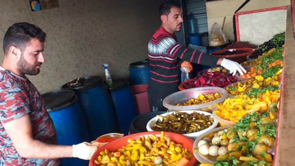 IDPs of three camps buy Aziz's pickles