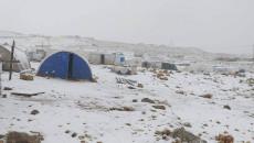 Şingal dağı mültecilerine yardım geldi<br>Kampın yöneticisi: sesimizi ilettiği için (Kirkuknow)'a teşekkür ediyoruz