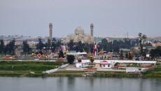 قائممقام الموصل يعلن السيطرة على حريق معمل كبريت المشراق